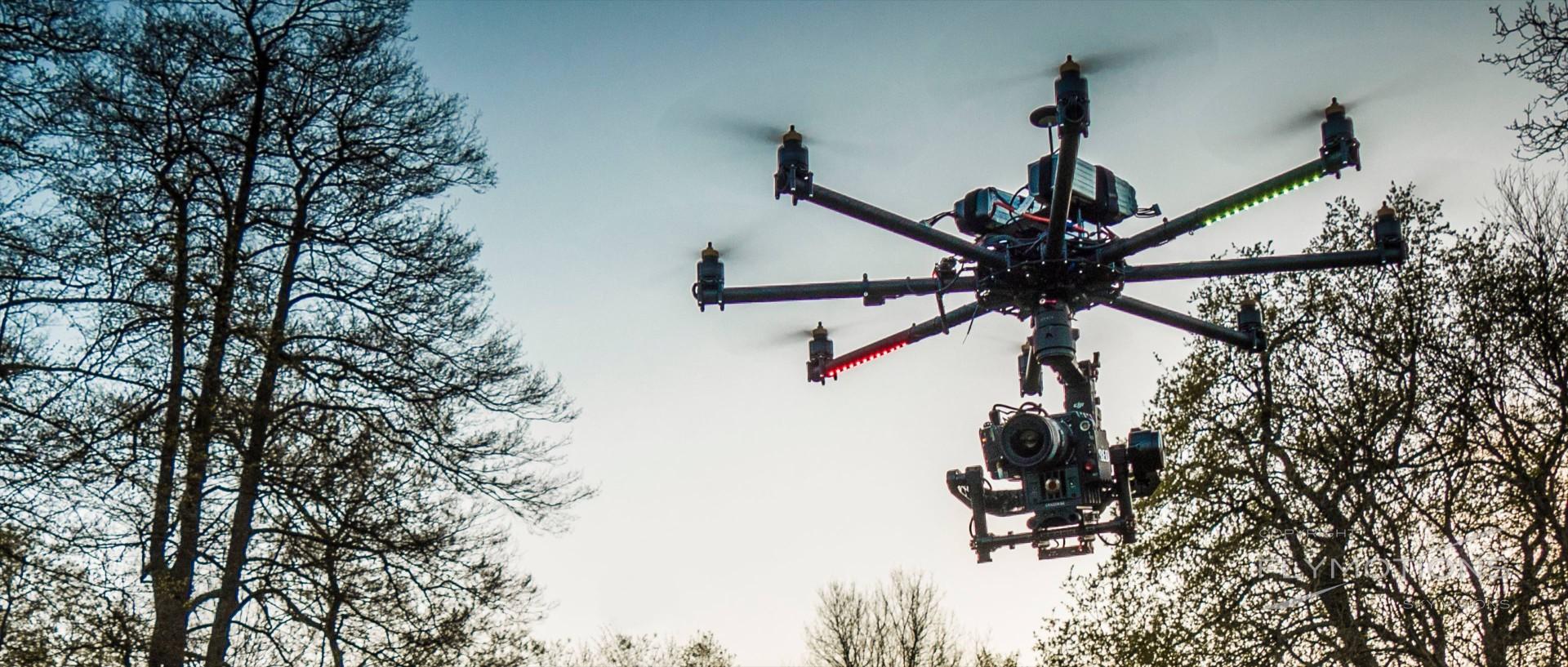 drohne-cinestar8-oktokopter-reddragon Luftaufnahmen